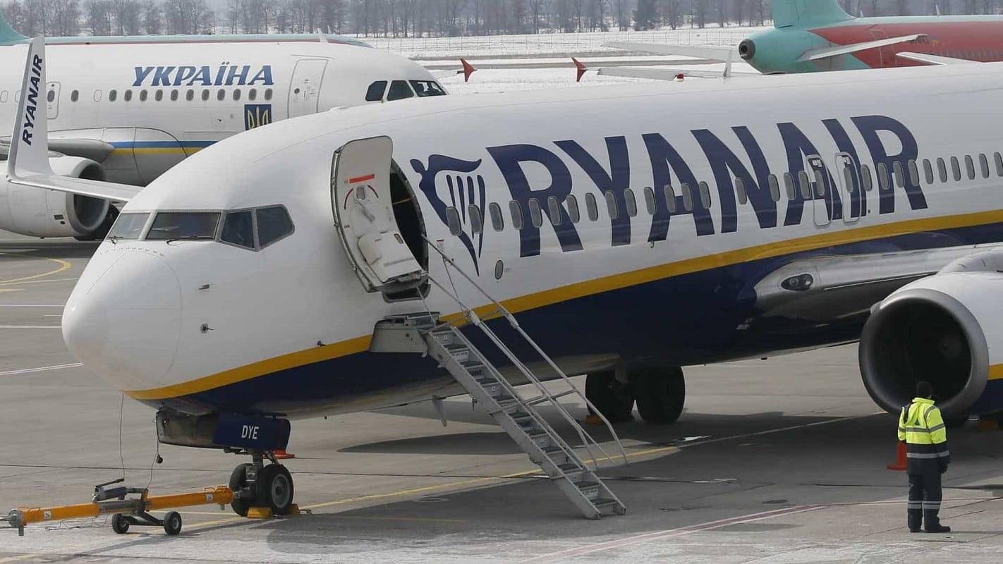 Ryanair retoma no verão em Portugal 90% das rotas previstas no pré-pandemia