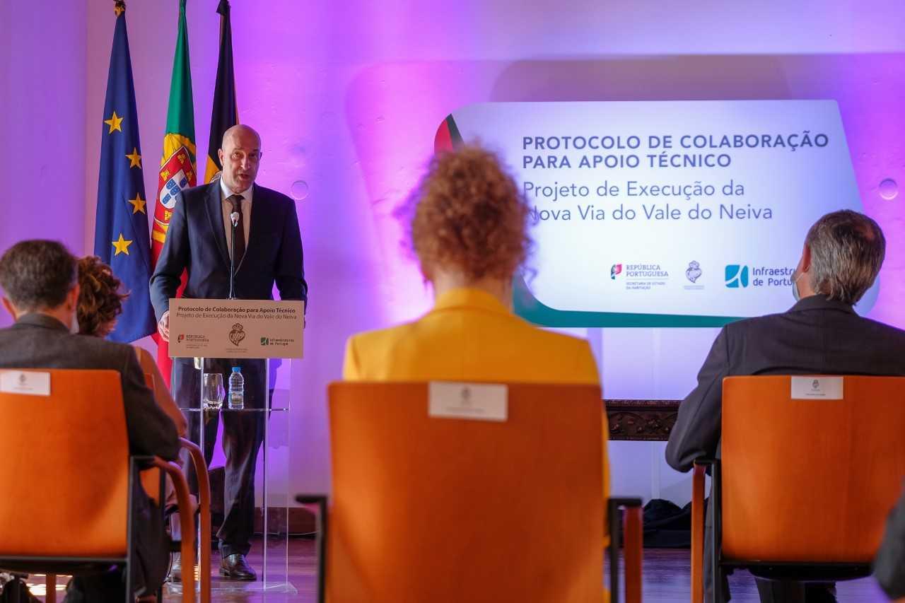Secretário de Estado Jorge Delgado diz que redução das portagens nas ex-SCUT será formalizada no próximo mês