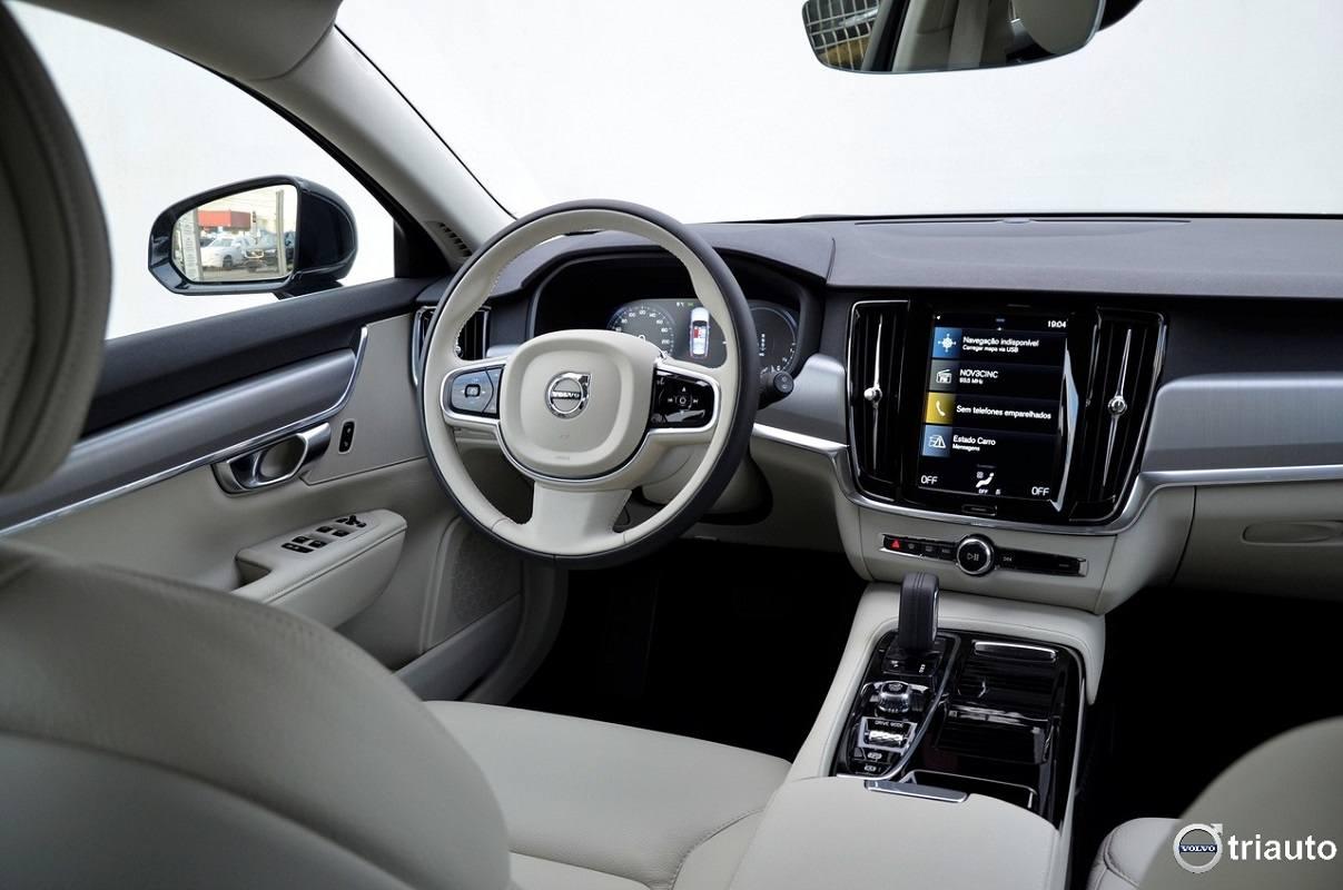 Automóveis da Volvo estarão limitados a 180km/h