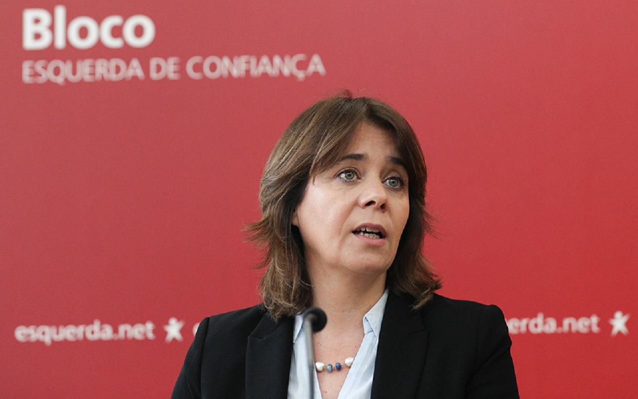 Catarina Martins marca presença em protesto dos Técnicos de Radiologia da ULSAM