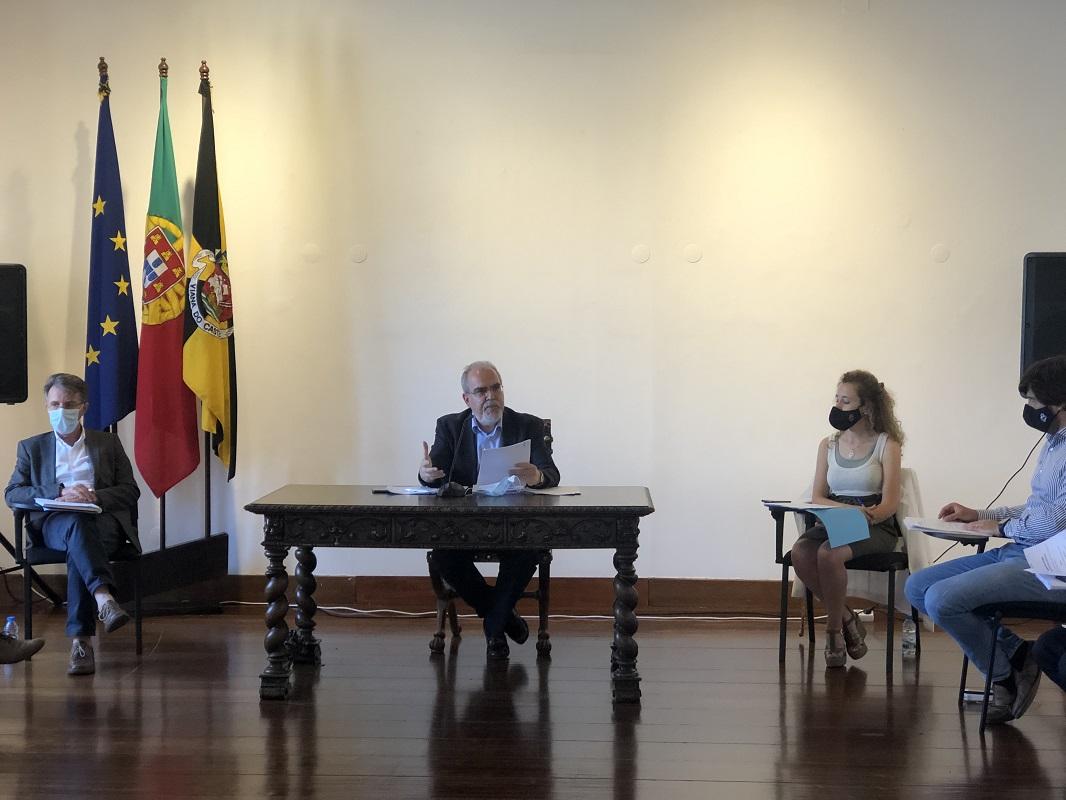 Aprovado voto de protesto e repúdio proposto pelo PS por comentários de Eduardo Teixeira no Facebook