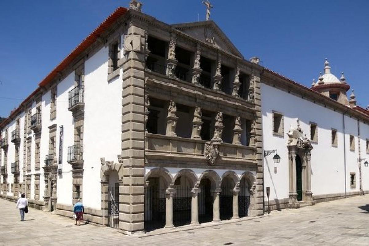 Igreja da Misericórdia de Viana do Castelo recebe guitarrista Francesco Luciani