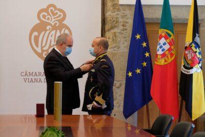 Coronel Agostinho Cruz recebe medalha de 'Cidadão Honorário' de Viana do Castelo