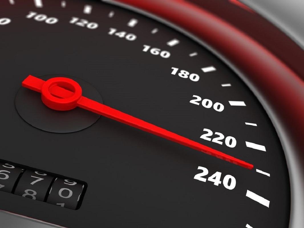 """Campanha """"Viajar sem pressa"""": Mais de 20 mil veículos detetados a circular com excesso de velocidade"""
