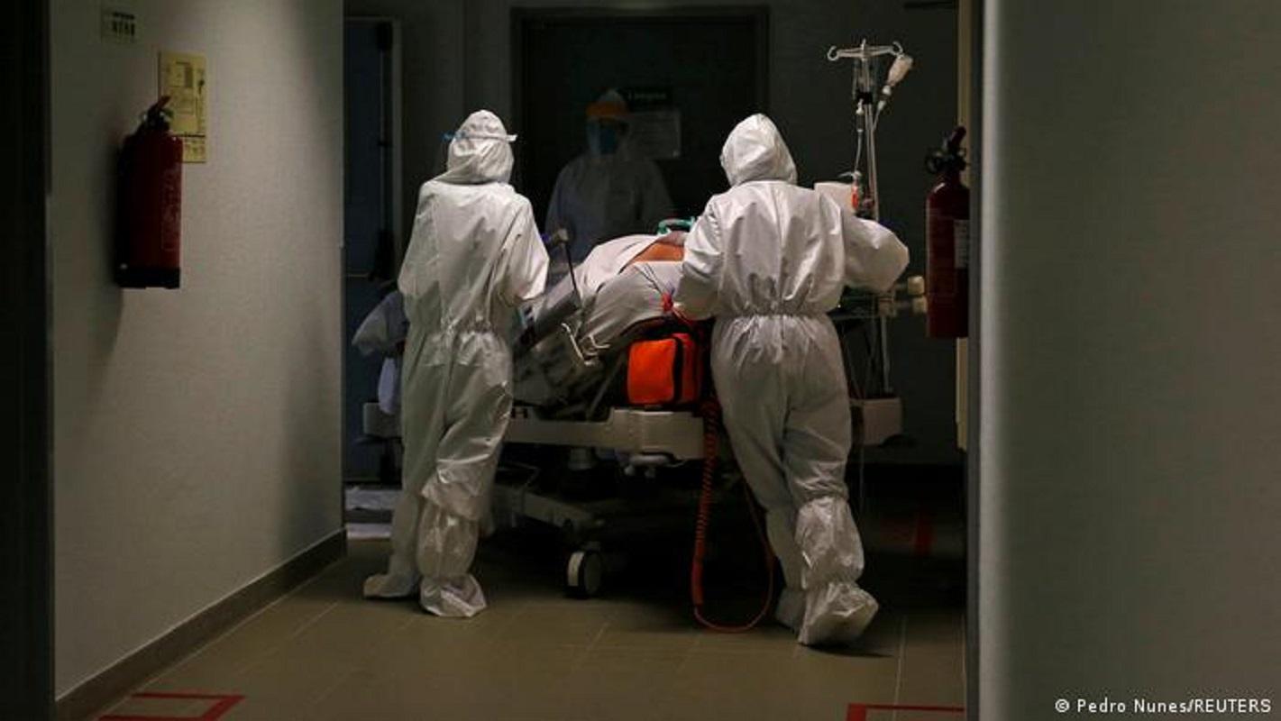 Covid-19: Portugal com 10 mortes, 3.009 casos e aumento nos internamentos nas últimas 24 horas