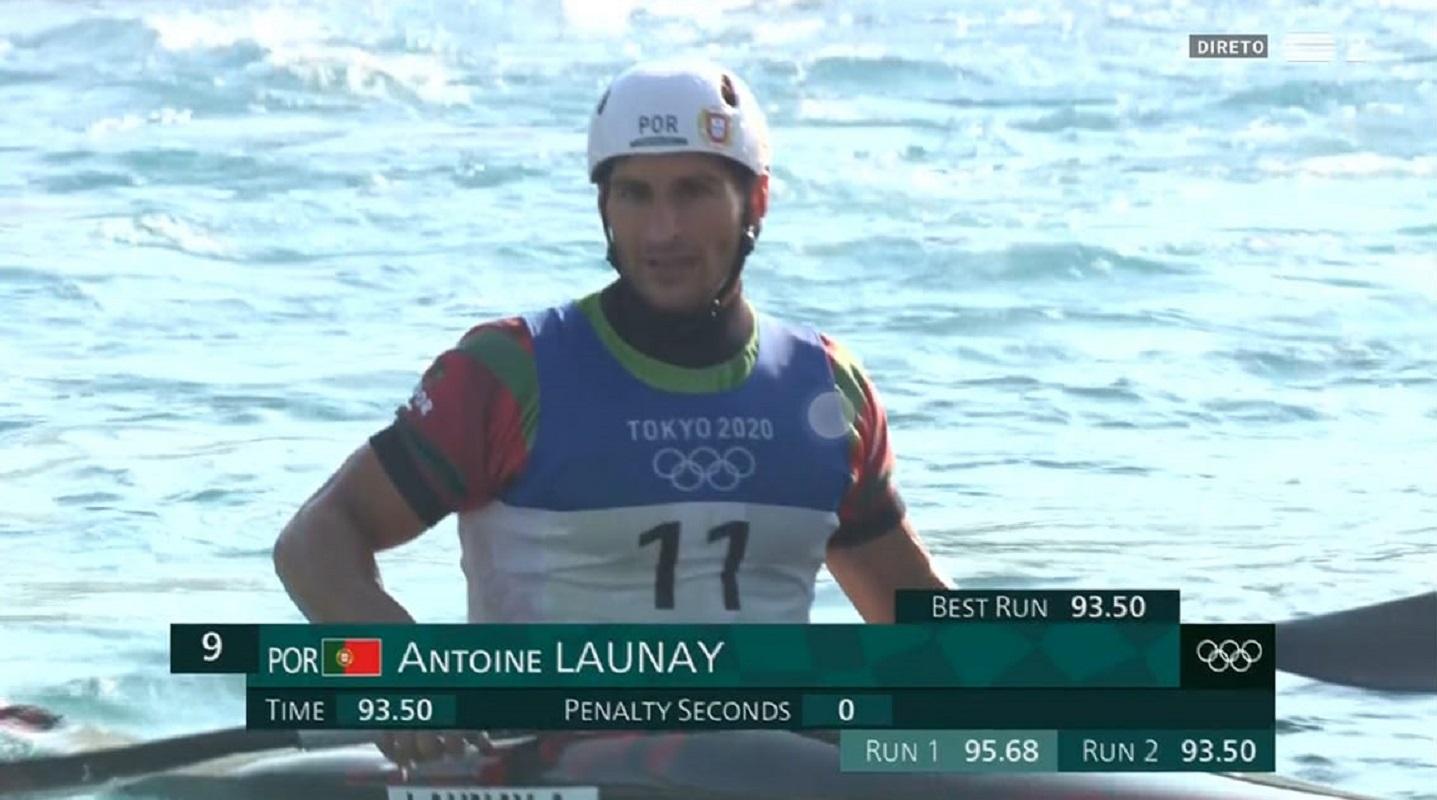 Antoine Launay nas meias-finais de canoagem slalom em Tóquio2020
