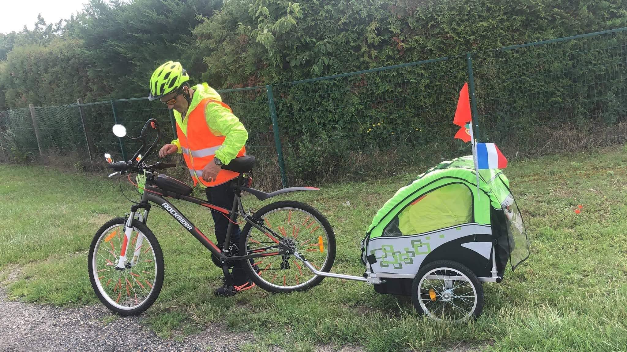 Homem natural de Deocriste faz viagem França-Portugal em bicicleta