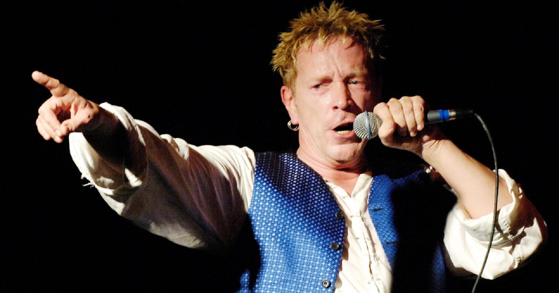 Ex-Sex Pistols processam vocalista da banda Johnny Rotten