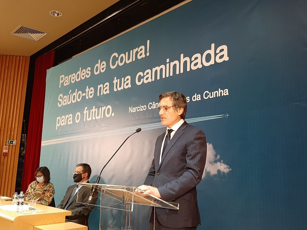 Vítor Paulo Pereira toma posse como presidente da Câmara Municipal de Paredes de Coura